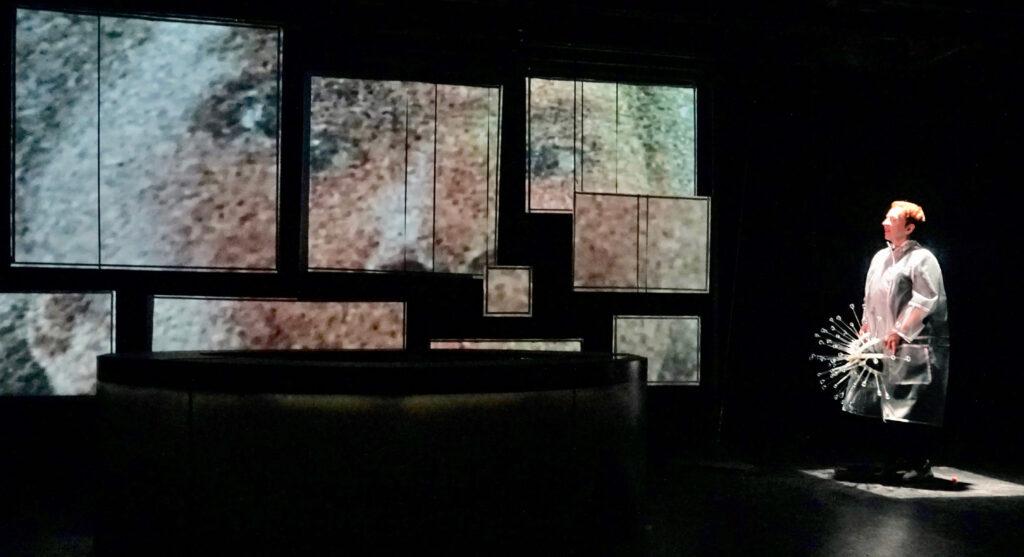 Le Théâtre Incliné est à la recherche d'un.e CHARGÉ.E DE DÉVELOPPEMENT ET DES COMMUNICATIONS